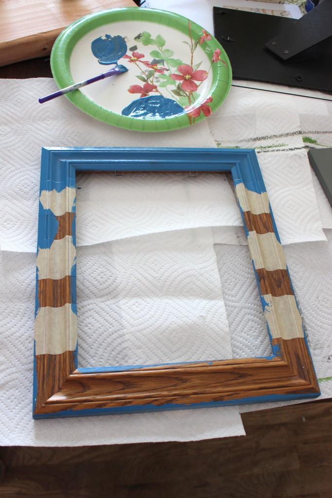 striped frame