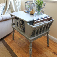 End Table Makeover – Trash To Treasure