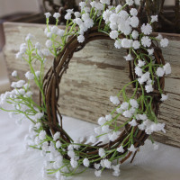 Simple Wreath In Under 5 Minutes