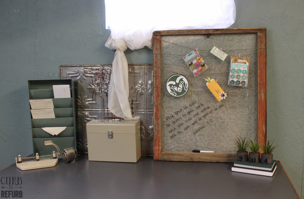 desk top memo board