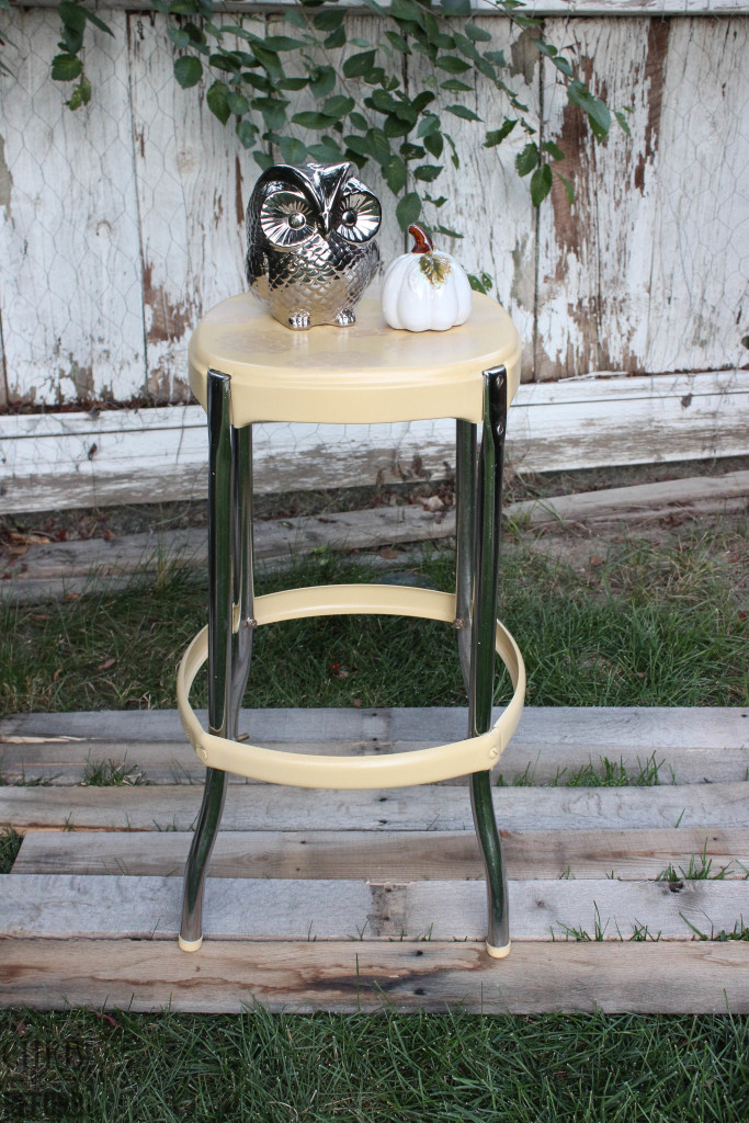 how to stop rust - a metal stool makeover