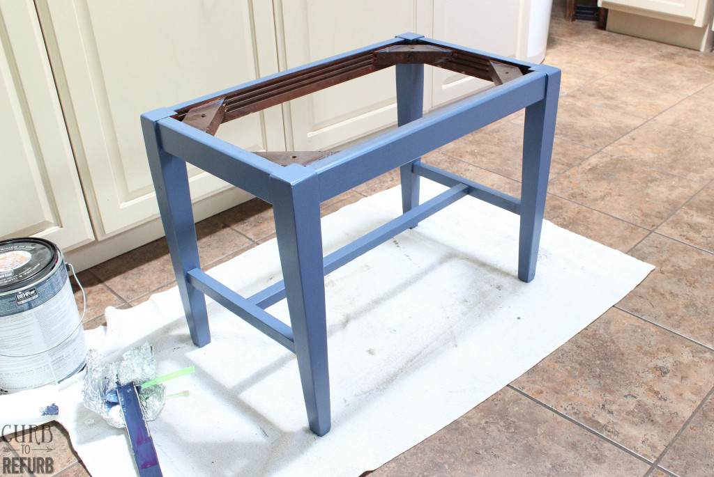 painted-bench-legs