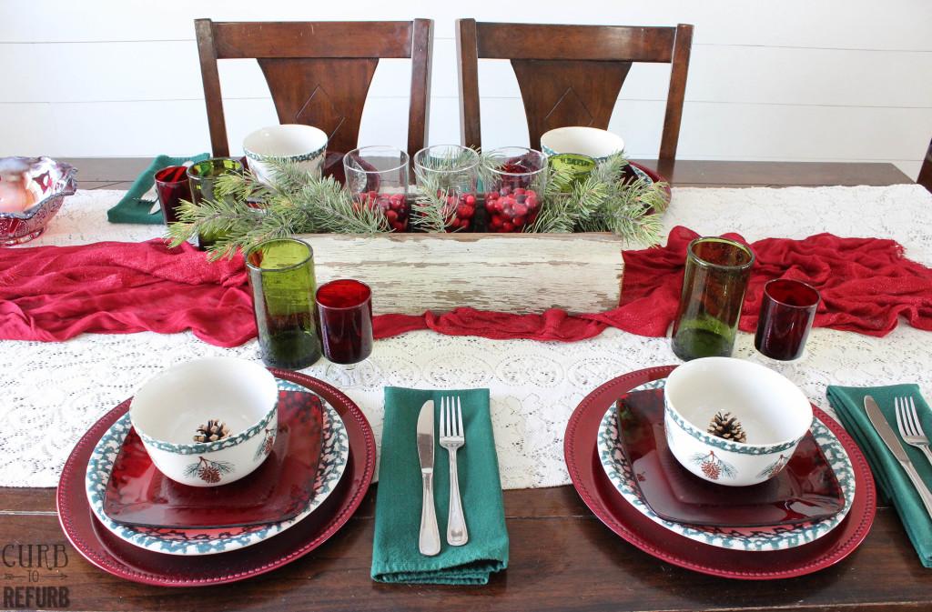 how to set a christmas table setting