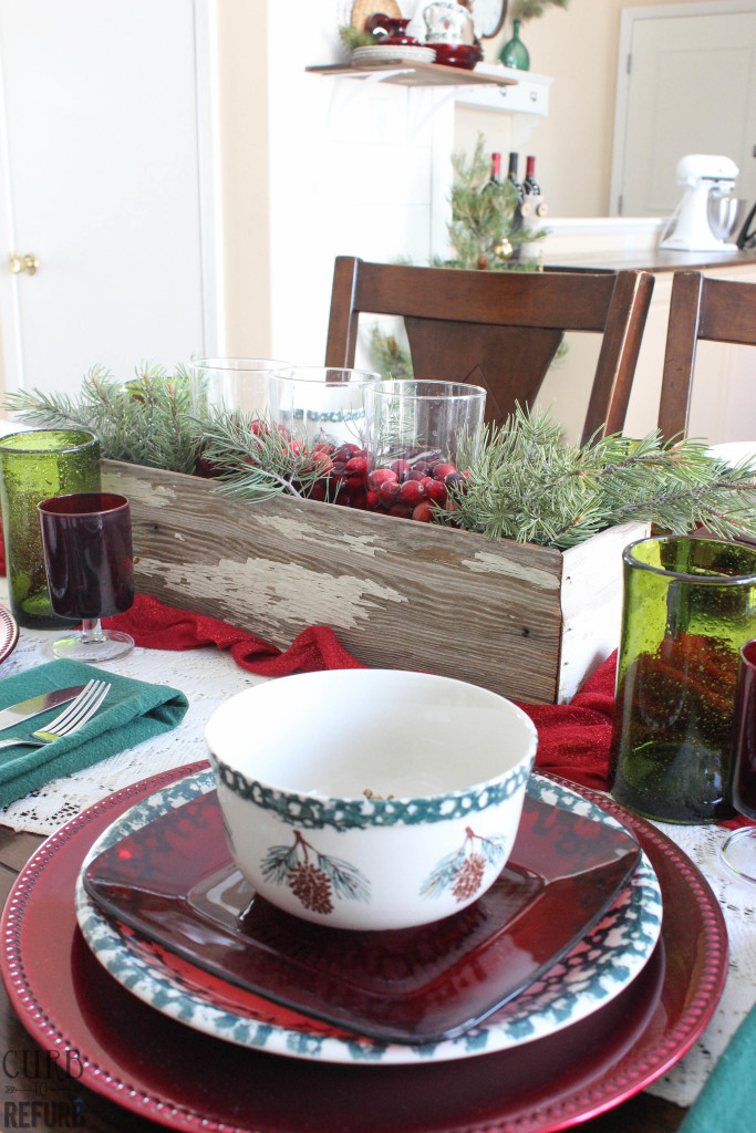 table setting - red and green