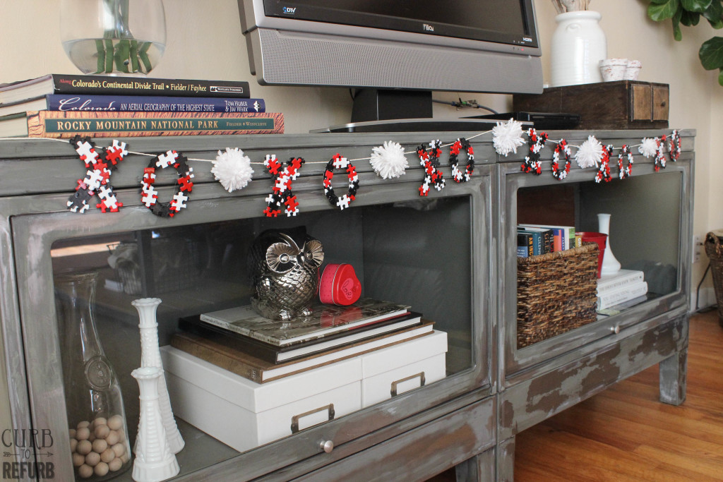 how to make a garland out of puzzle pieces